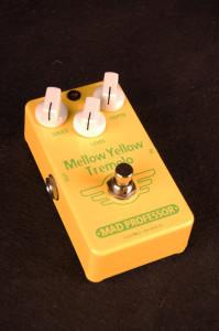 mp_mellow_yellow_tremolo_handwired_
