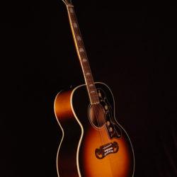 Gibson SJ-200 Standard