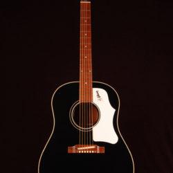 Gibson J-45 Custom