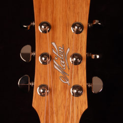 Maton EBW-808c  Blackwood series
