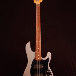 Music Man Sabre Classic Bass