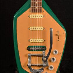 Phantom 6-string w/Bigsby